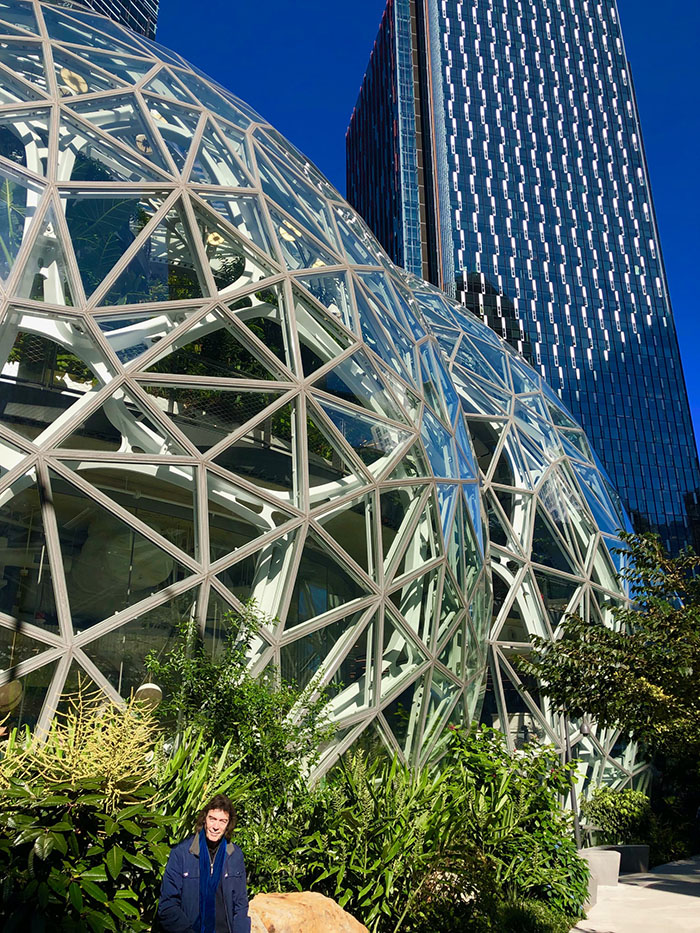 Amazon's urban domed botanical garden