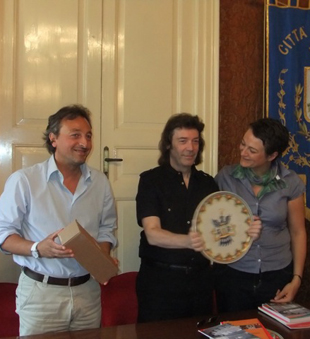 The Mayor of Vittoria with Steve and Vania
