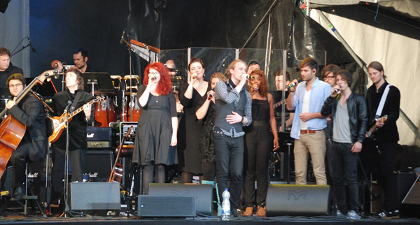 Steve Hackett with Bernd Ruf, orchestra, band and singers, Schloss Salem, Germany, June 2012