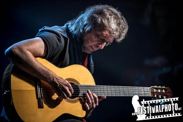 Steve Hackett Acolyte to Wolflight with Genesis Revisited - Malmo, Sweden, 2015
