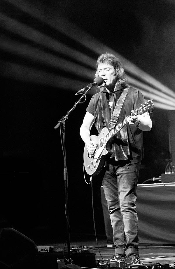 Steve Hackett Acolyte to Wolflight with Genesis Revisited Tour - Southend, UK, 2015