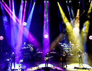 Steve Hackett Selling England By The Pound & Spectral Mornings: Live At Hammersmith official trailer