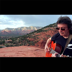 Steve Hackett plays on Sedona mountain top