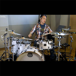 Steve Hackett - Nick D'Virgilio Records Drums for the New Steve Hackett Record